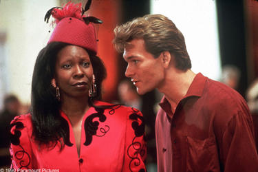 whoopi-goldberg-and-patrick-swayze-in-ghost