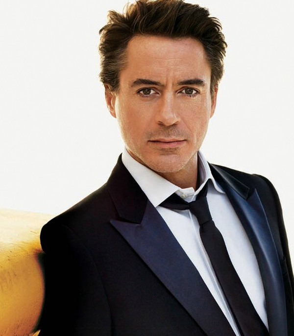 robert_downey_jr-iron_man_3-2
