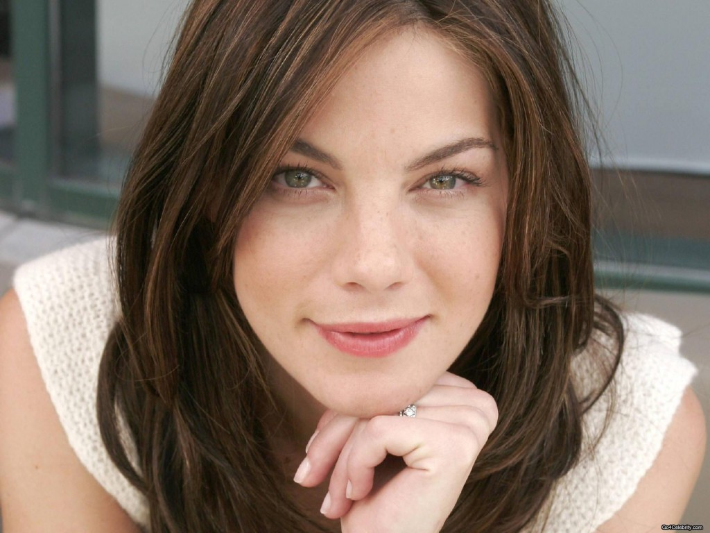 Michelle-Monaghan-closeup-wallpaper