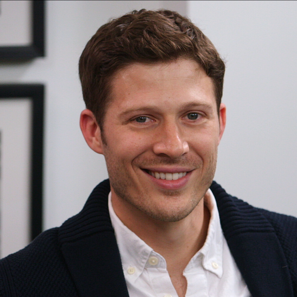 Zach-Gilford-Interview-Video