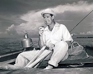 prvcelebrities (2-029LR) Ted Williams eating lunch on the boat