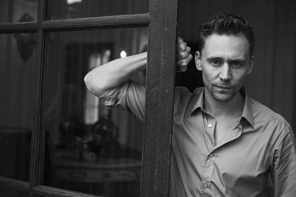 hiddlestontom2013bwpic1