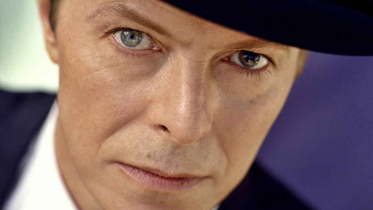 david-bowie-2013-superpride