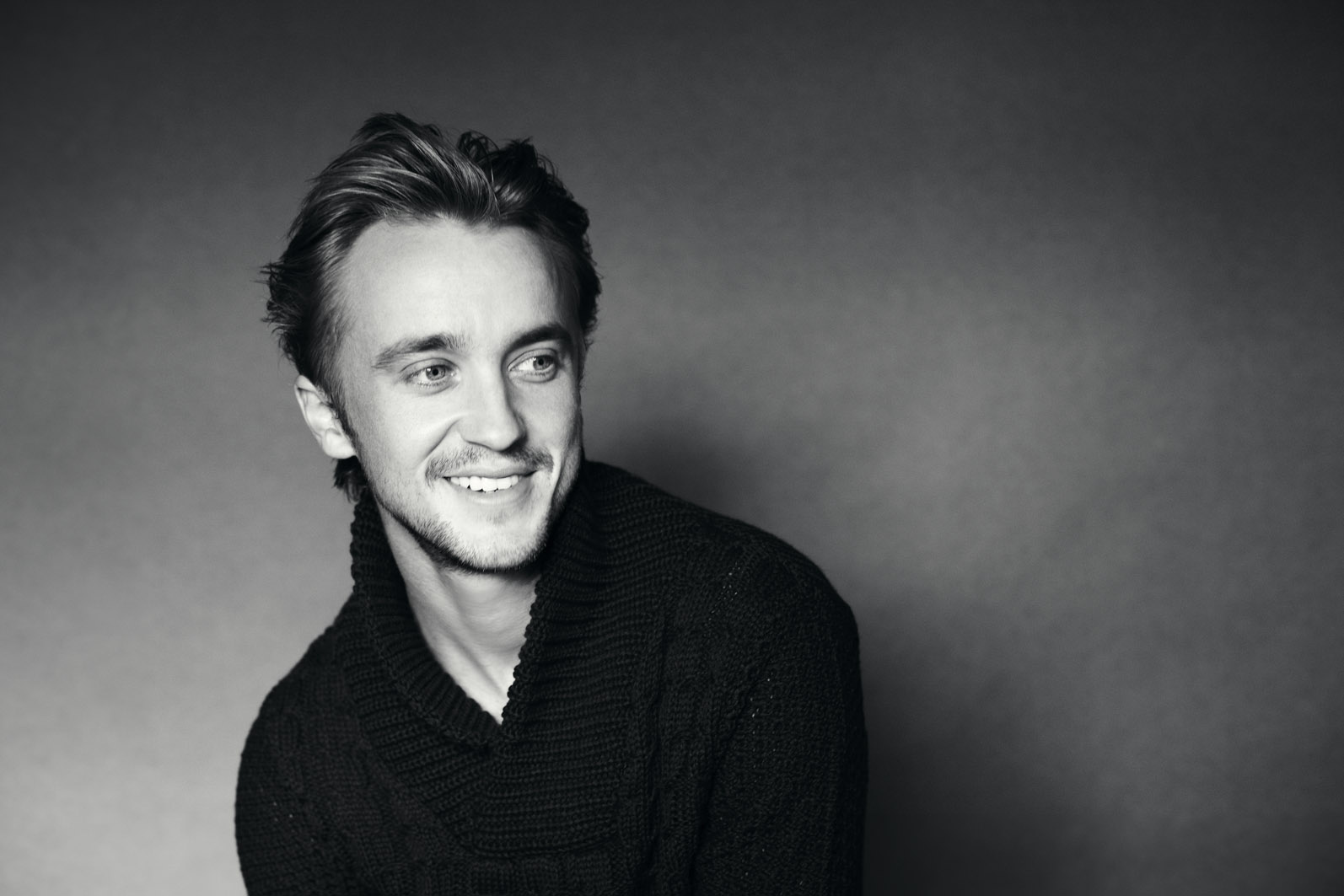 Asos-Magazine-Photoshoots-tom-felton-32814216-1594-1063