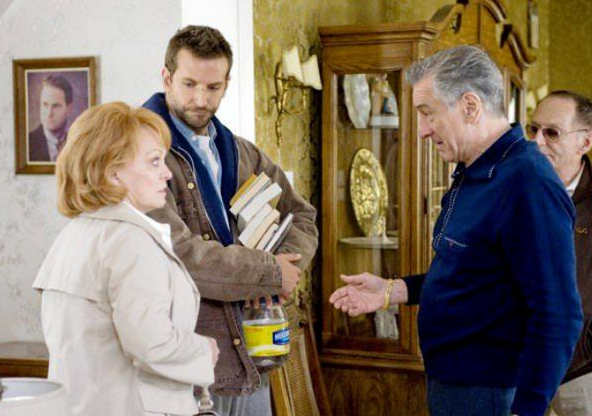 Silver-Linings-Playbook-photo3-courtesy-The-Weinstein-Company