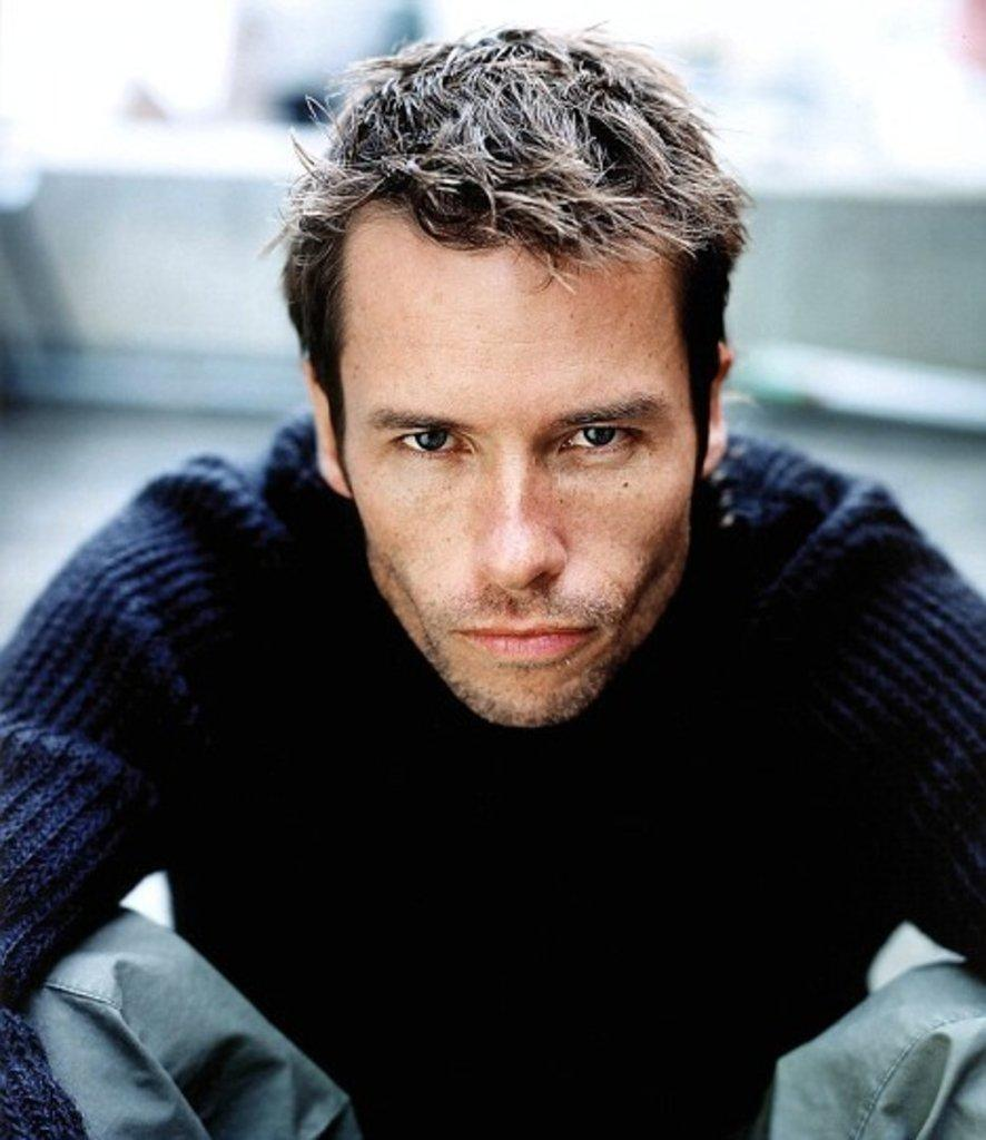 Guy-pearce76