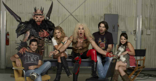holliston-s3-fb
