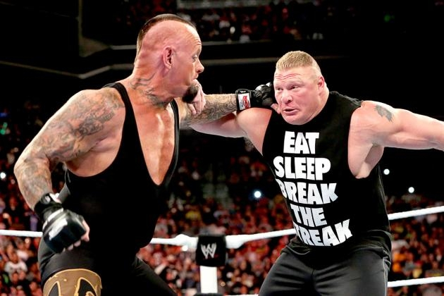 brock-lesnar-vs-the-undertaker-during-wrestlemania-30-main-event
