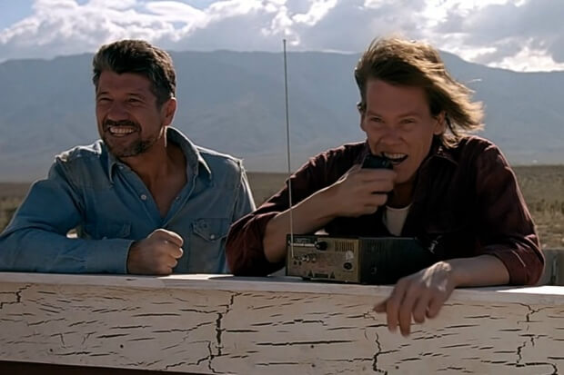 kevin-bacon-tremors-620x413