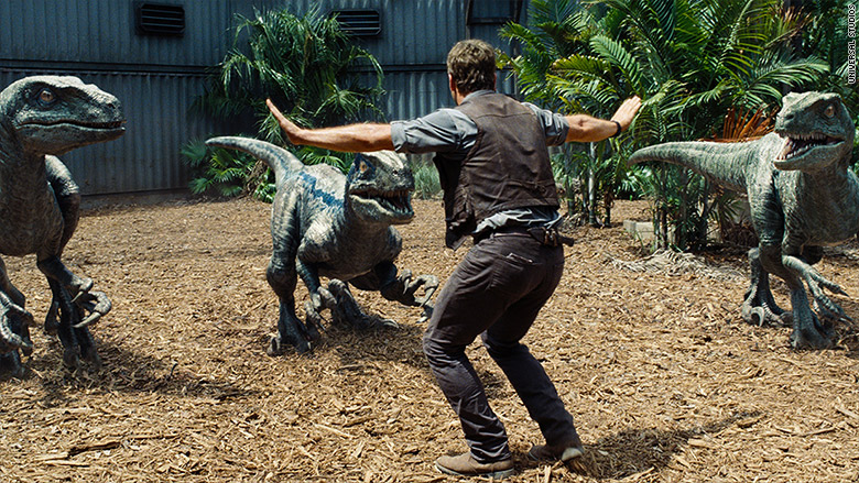 150608103918-jurassic-world-training-780x439