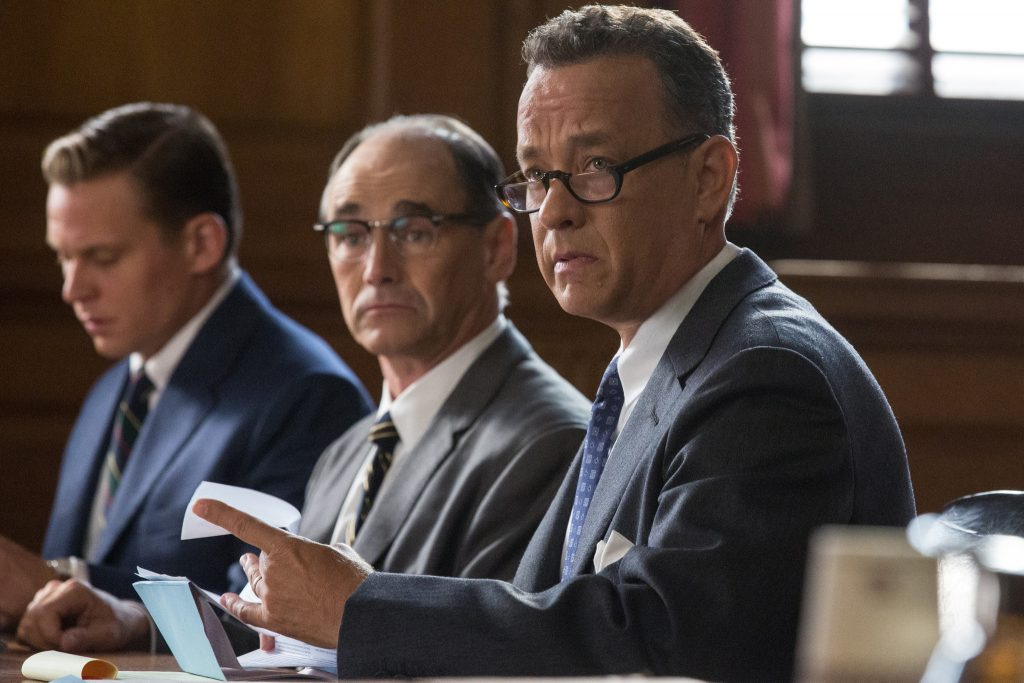 os-bridge-of-spies-trailer-tom-hanks-20150616 (1)