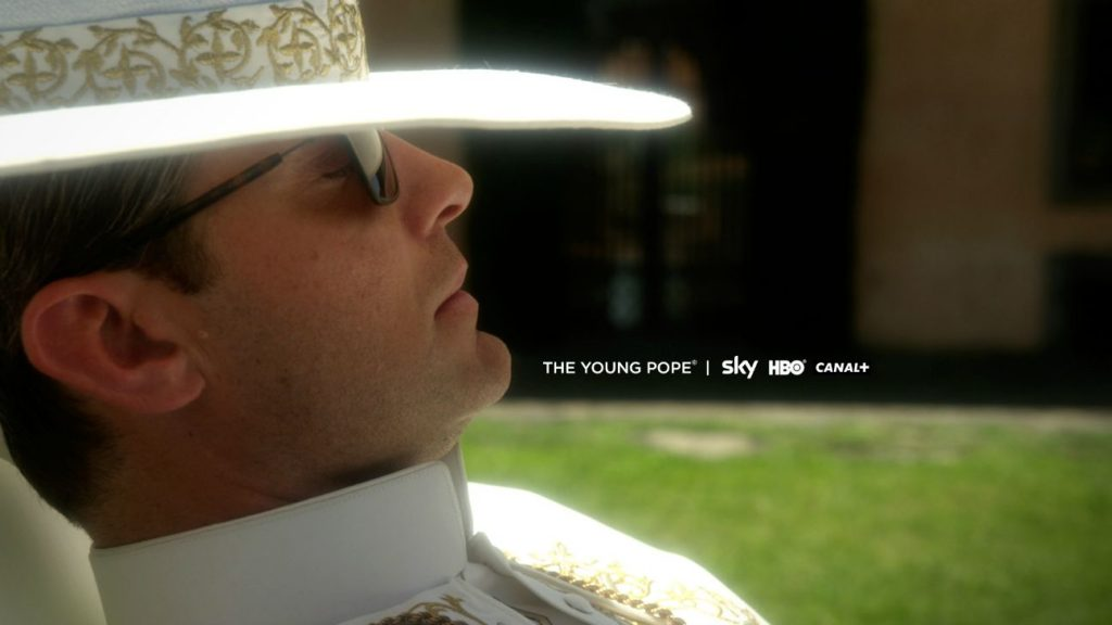 the_young_pope_first_look_-_h_-_2015