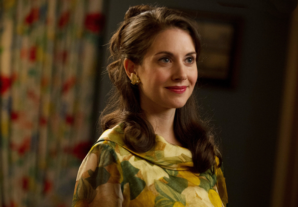 041814-alison-brie-mad-men-594