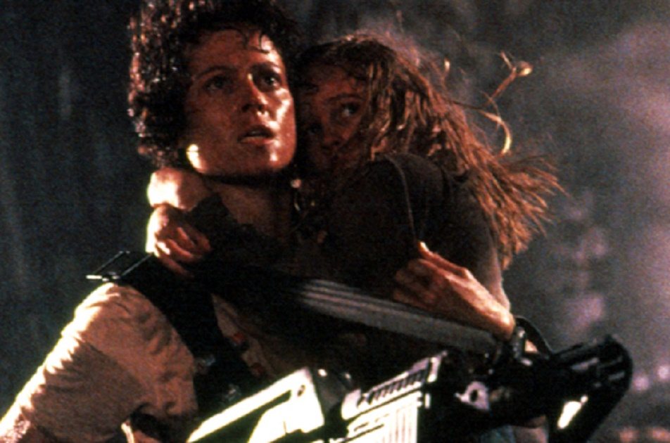 ALIENS, Sigourney Weaver, Carrie Henn, 1986, TM and Copyright (c) 20th Century-Fox Film Corp. All Rights Reserved