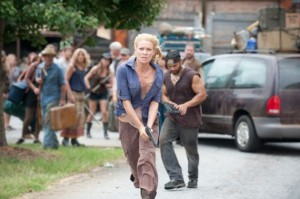 Andrea (Laurie Holden) and Martinez (Jose Pablo Cantillo) - The Walking Dead - Season 3, Episode 9 - Photo Credit: Gene Page/AMC