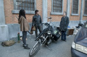 walking-dead-welcome-to-the-tombs-6