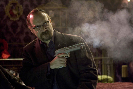 Shoot_Em_Up-6-Paul_Giamatti