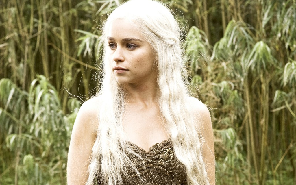 emilia_clarke_in_hbo_game_of_thrones-wide