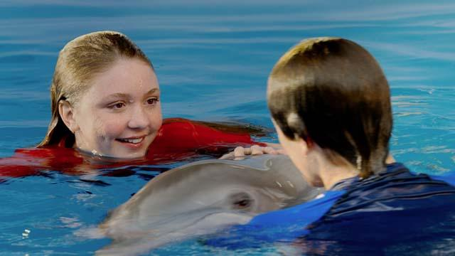 Dolphin Tale 2 Movie Pictures