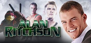 alan-ritchson-raphael-teenage-mutant-ninja-turtles-arthur-curry-aquaman-smallville-2