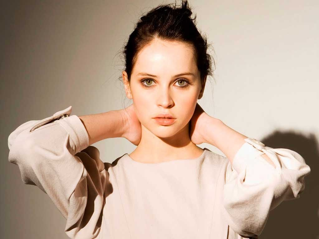 Felicity Jones wallpapers 7