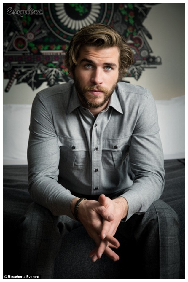 Liam-Hemsworth-Esquire-Middle-East-January-2015-Cover-Shoot-007