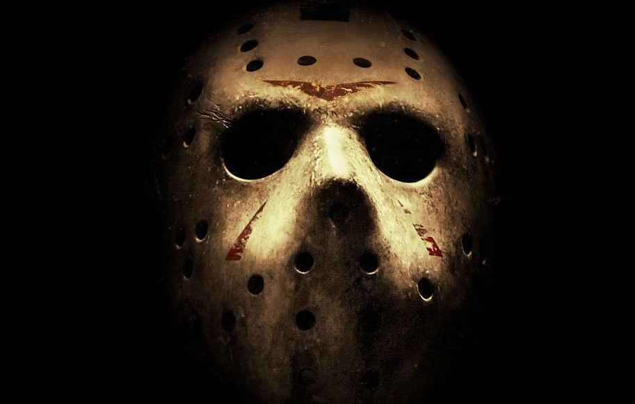 jason-voorhees-mask-friday-the-13th-e1385575013639